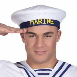 Casquette de marin avec le mot Marine écrit dessus