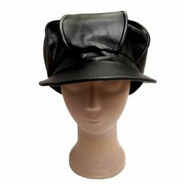Grosse casquette noire de biker en cuir