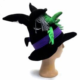 Chapeau pointu avec une sorcière encastrée dans la pointe
