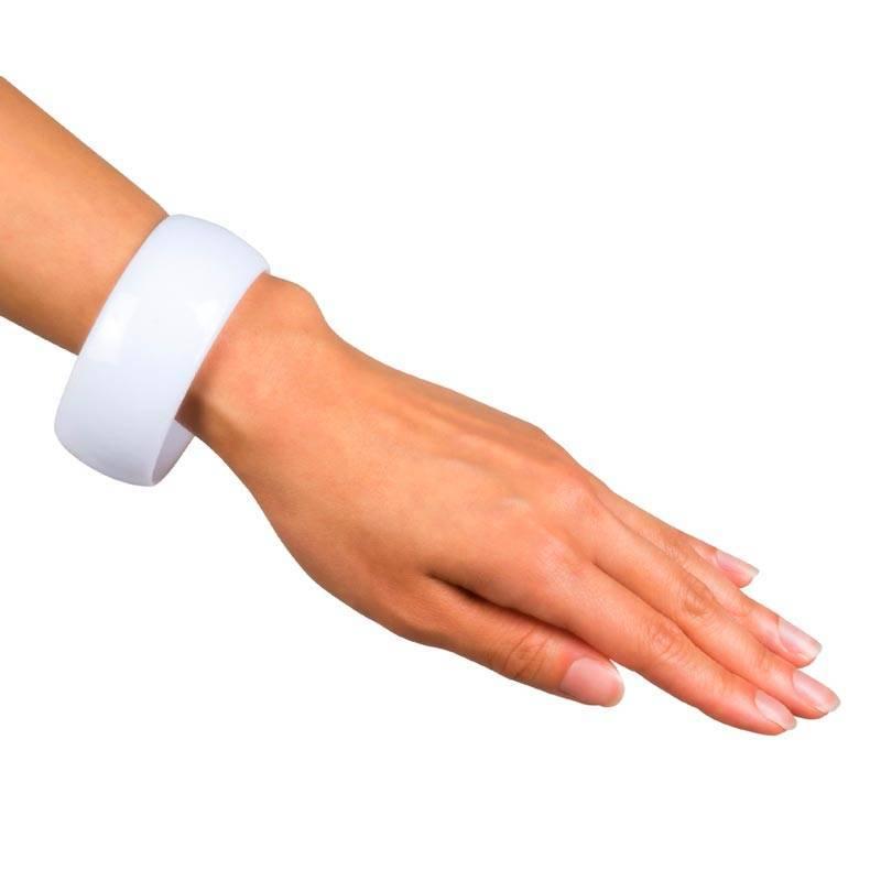 Large bracelet de couleur
