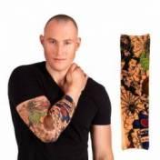 Manchon de tatouage avec des dessins effrayants