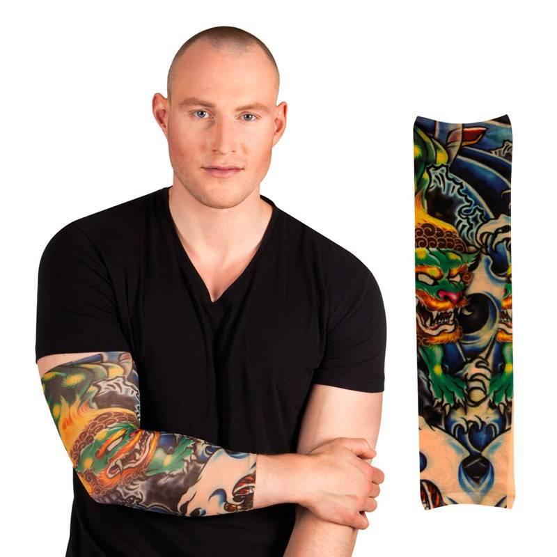 Manchon de tatouage avec un dragon vert