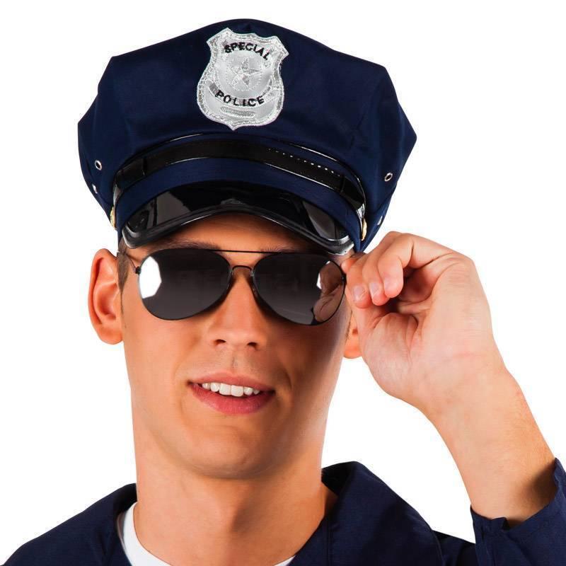 Lunettes noires de policiers américains